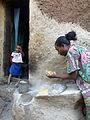 Lalibela-Mouture du sorgho en farine (2).jpg