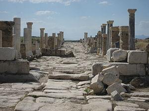Laodicea on the Lycus - Colonnaded street in Laodicea