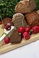Lebensmittel Brot (12164471785).jpg