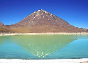 The Licancabur Vulcano and the Green Lake