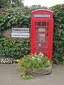 Longueville, Manche - Cabine téléphonique anglaise.JPG