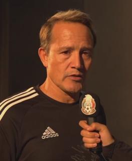 Luis Hernández (footballer) Mexican footballer