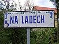 Máslovice, Na Ladech, název ulice.jpg