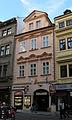 Měšťanský dům U tří zlatých zvonů (Malá Strana), Praha 1, Mostecká 16, Malá Strana.JPG