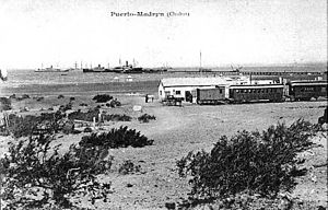 Central Chubut Railway - Locomotive in Puerto Madryn, 1888.