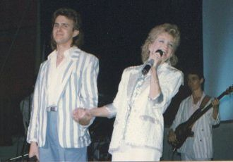 Barbara Mandrell - Performing 'To Me' duet with DoRite, Dan Schafer,  'Moments' tour 1986