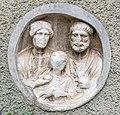 Maria Saal Zollfeld 3 Gasthof Fleissner röm. Medaillon-Relief Ehepaar mit Kind 30082020 9817.jpg
