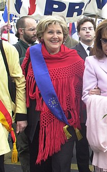 Marie-France Stirbois 2004 1st May.jpg