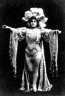 Marie Loftus British entertainer (1857-1940)