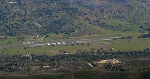 Mariposa-Yosemite Airport - 2015 aerial photo