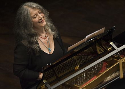 Martha Argerich, widely regarded as one of the greatest pianists of the second half of the 20th century Martha Argerich concierto.jpg