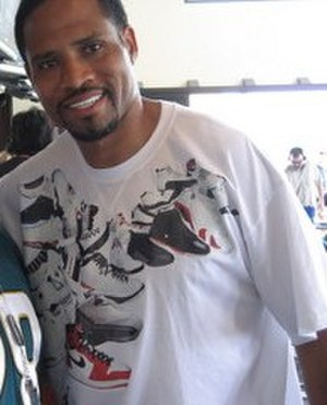 Keenan McCardell - Image: Mc Cardell with Fan (cropped)