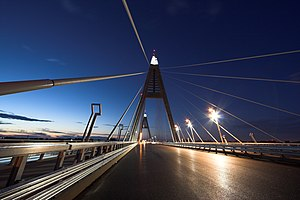 Megyeri Bridge - Megyeri Bridge at night