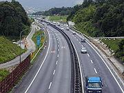 名阪国道</a>(天理〜亀山間73.3kmが開通)