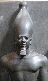 Menkaure Egyptian pharaoh of the 4th dynasty