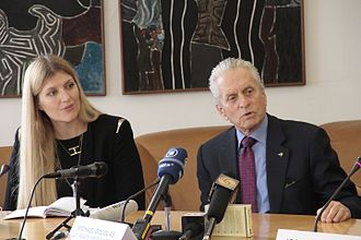 International Campaign to Abolish Nuclear Weapons - Michael Douglas with the ICAN executive director Beatrice Fihn.