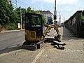 Michle, U plynárny, rekonstrukce TT, bagřík u zastávky Chodovská.jpg