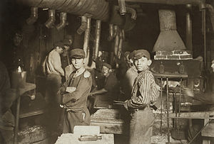 Indiana - Child laborers in glassworks, by Lewis Hine. Indiana, August 1908.