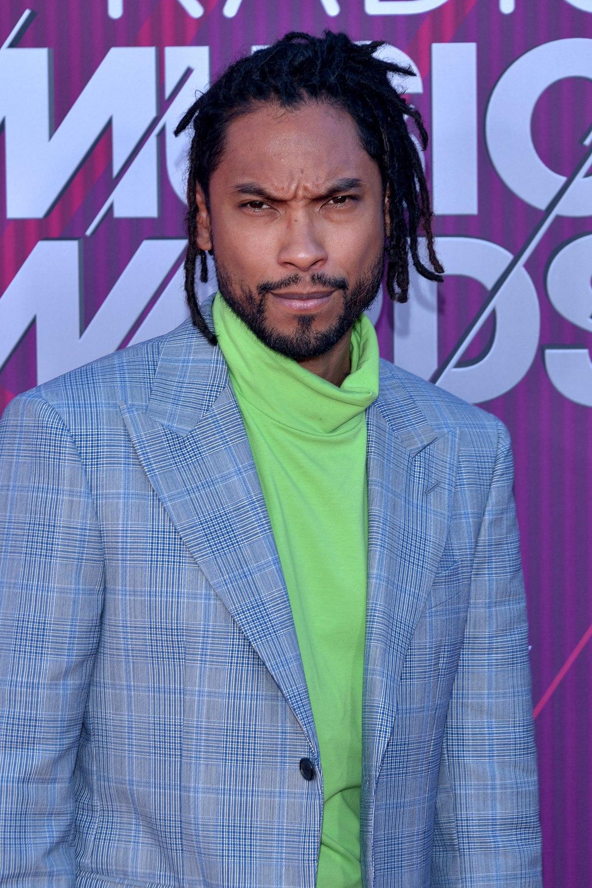 Miguel (singer) - Wikipedia