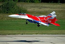Mikoyan-Gurevich MiG-29OVT, MAKS 2005.jpg