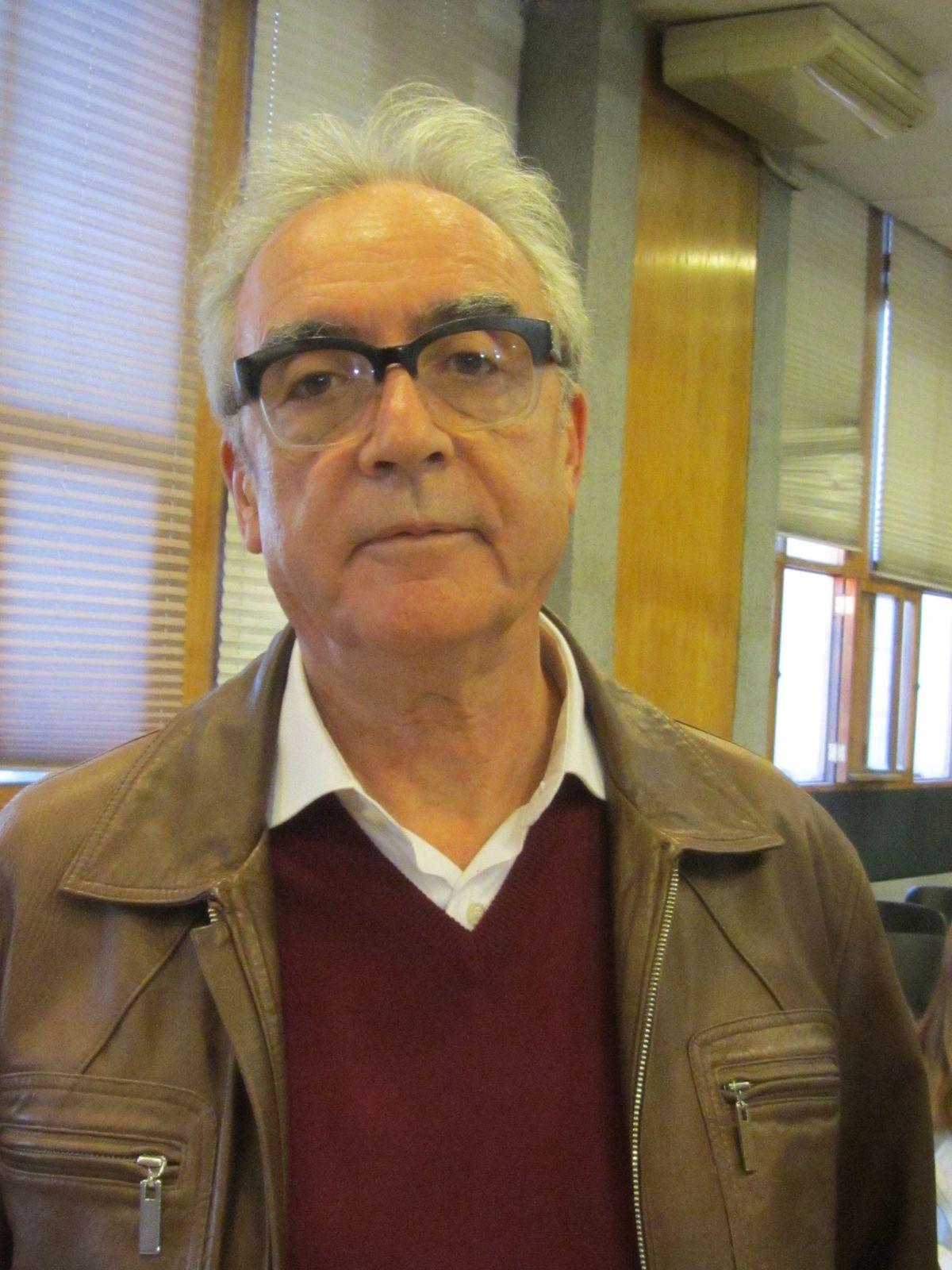 JUAN JOSE MILLAS HIJOS DE PUTA 2001