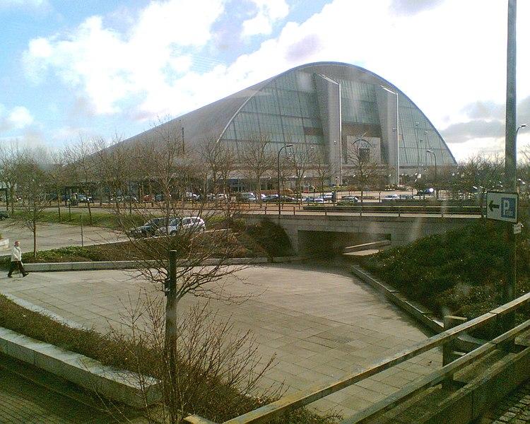 File:Milton Keynes, Xscape - panoramio.jpg