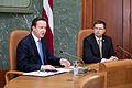 Ministru prezidenta Valda Dombrovska tikšanās ar Apvienotās Karalistes Ministru prezidentu Deividu Kameronu (8515579674).jpg