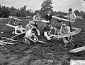 Modelbouwerskamp te Ermelo, vliegtuigen worden in orde gemaakt, Bestanddeelnr 911-4711.jpg