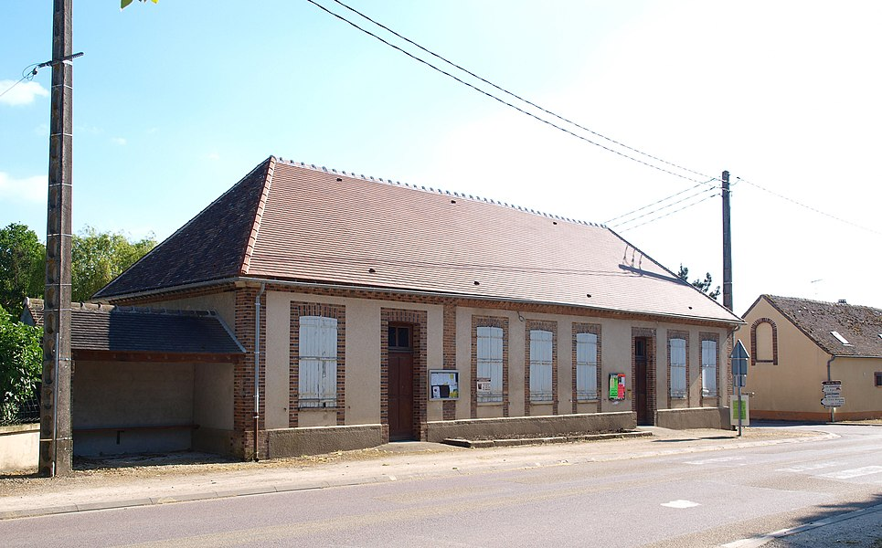 Montacher-Villegardin (Yonne, France), ancienne école de Villegardin
