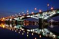 Most Poniatowskiego nocą.jpg