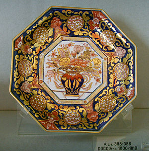 "Doccia porcelain - Octagonal plate in imitation of ""Imari porcelain"", ca 1800-1810"