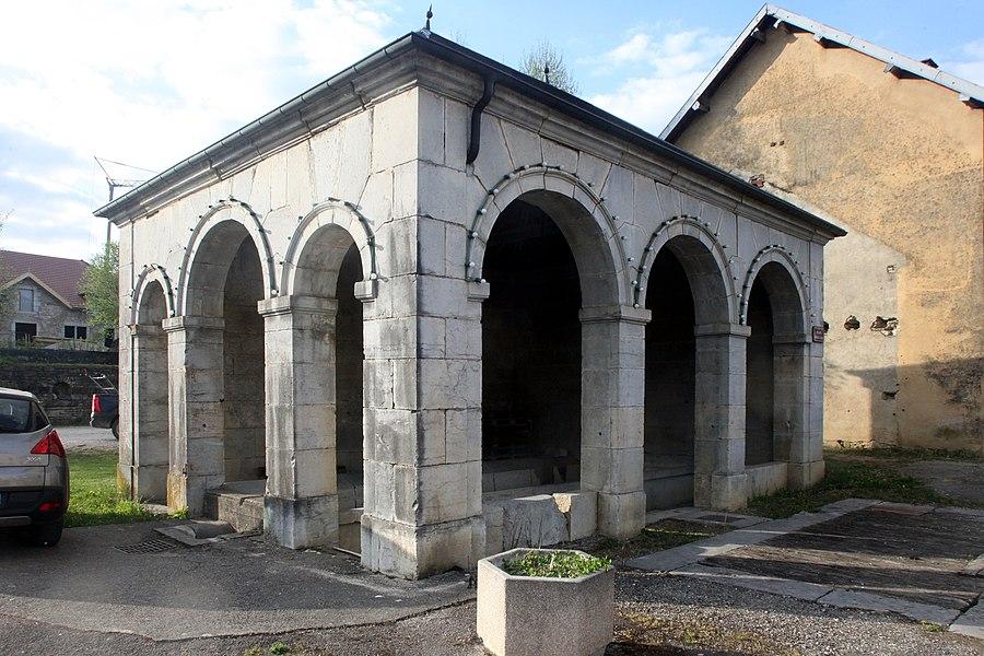 Lavoir à Myon (Doubs).