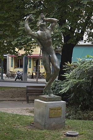 Joseph Bernard - Image: Nîmes Faune dansant