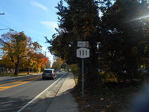 New York State Route 111 - NY 111 approaching the southern terminus at NY 27A in Islip