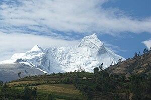 Cordillera Blanca - Huandoy (6,360 m)