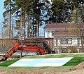 Nummela Suomen lippu maastossa.jpg