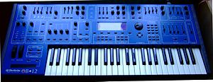 Viscount (musical instrument manufacturer) - Image: OB12 synth