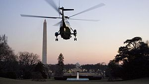 President Obama takes off from the South Lawn ...