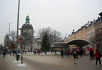 Odenplan - Odenplan with its subway entrance, the Gustaf Vasa Church, and still standing Christmas tree. January 2006