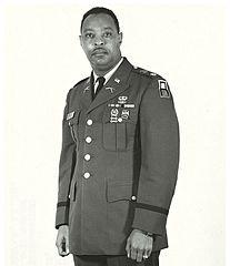 Portrait d'un militaire afro-américain.