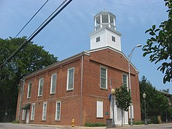 Old Newburgh Presbyterian Church, front and southern side.jpg