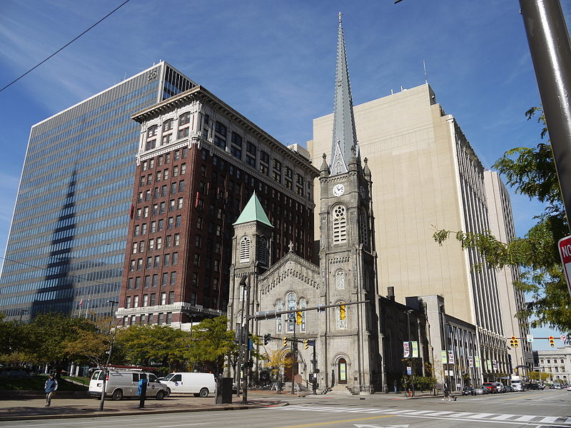 File:Old Stone Church, Downtown Cleveland.jpg