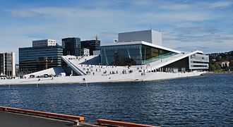 Oslo Opera House seen from Langkaia.JPG