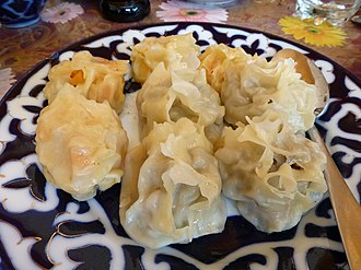 Manti (food) - Image: Ouzbékistan Ravioli (1)