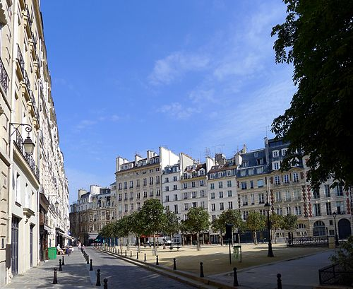 Thumbnail from Place Dauphine