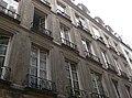 Paris - 15 rue Dussoubs - facade contre-plongée coté.jpg
