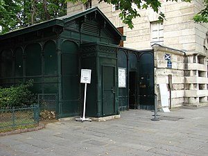 Catacombs of Paris - Entrance to the Catacombs