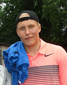 Description de l'image Patrik Laine July 2017 (cropped).jpg.