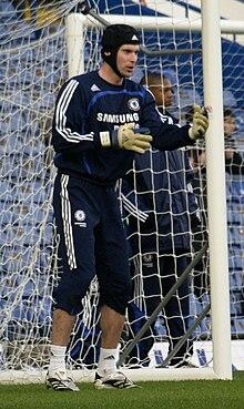 Čech training for Chelsea in 2008 1aabd39e2