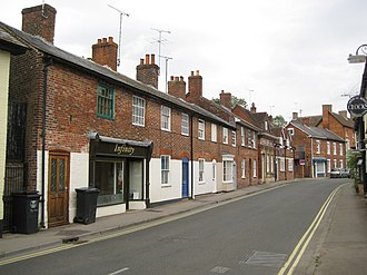 Pewsey - Image: Pewsey, The High Street geograph.org.uk 1400395